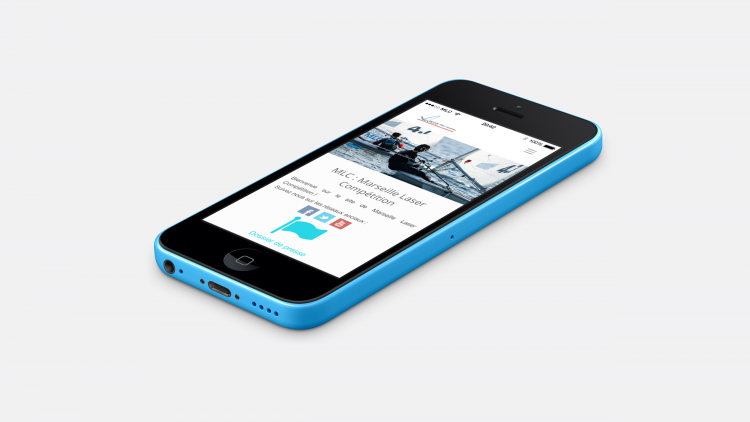 iPhone 5C avec la web-app MLC